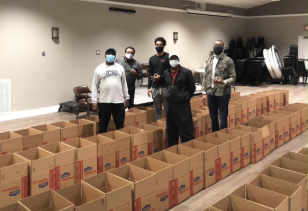 Thanksgiving Food Box Program Delivers Food to Local Community
